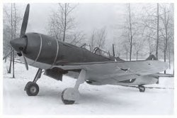 Nice example of a La-7, Kramrenko scored a FW-190 flying a La-7.